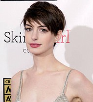 Anne Hathaway blasts film critics for name error