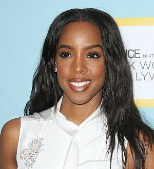 Kelly Rowland emulates Iman with new beauty line