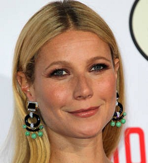 Gwyneth Paltrow creates healthy food line with fitness trainer pal