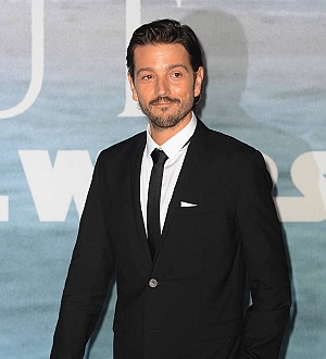 Diego Luna: 'I'm not letting a wall get in between me and America'