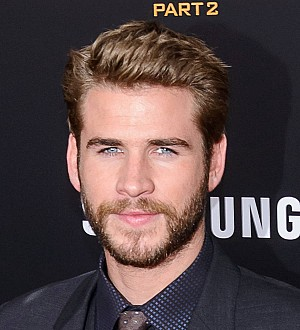 Liam Hemsworth 'avoiding complications' with girlfriend Miley Cyrus