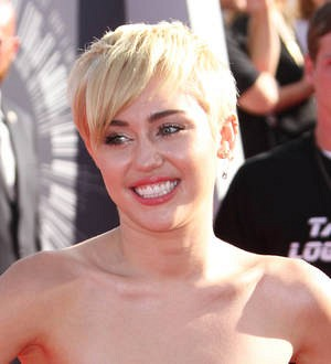 Miley Cyrus revealed bisexuality to her mother at 14