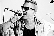 Macklemore Blows Up The Internet & Charts On His Own Terms! - ULTIMATE INSIDER