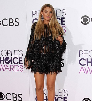 Blake Lively Promotes 'Girl Power' in People's Choice Awards Speech