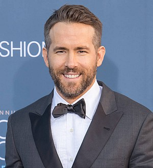 Ryan Reynolds gushes about daughters as he accepts Hasty Pudding honor