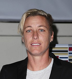 Abby Wambach pleads not guilty to DUI