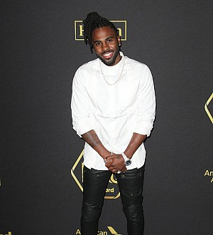 Jason Derulo seeking public apology over airline incident