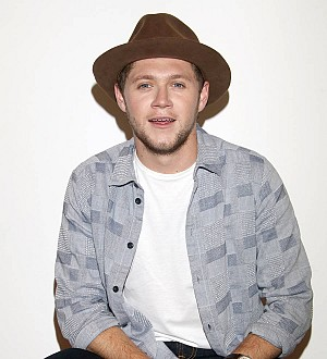 Niall Horan delights diehard fans by sending them pizza