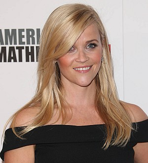 Reese Witherspoon to kick off Christmas at the White House