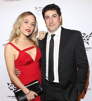 Pregnant Jenny Mollen suffering from placenta condition