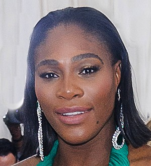 Serena Williams gives birth