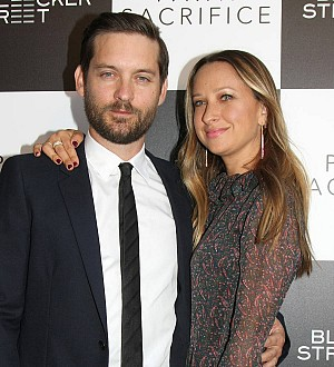 Tobey Maguire and wife separate