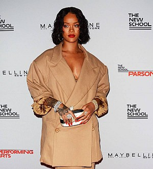 Man arrested for trespassing at Rihanna's apartment building