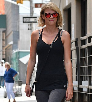 Taylor Swift wins groping trial