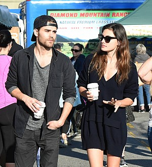 Paul Wesley and Phoebe Tonkin back together - report