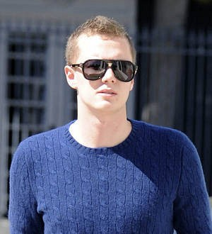 Conrad Hilton released from prison