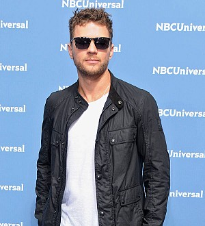 Ryan Phillippe reassures fans after sparking concern with hospital picture