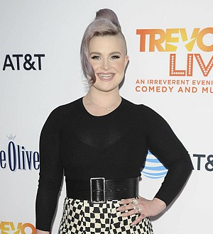 Kelly Osbourne: 'I'm open to a relationship with a woman'
