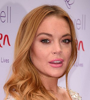 Lindsay Lohan: 'My finger was ripped off'