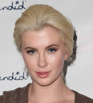Ireland Baldwin takes 21-day vegan challenge