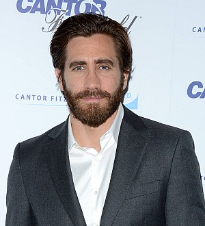 Jake Gyllenhaal threw ferret at Amy Schumer