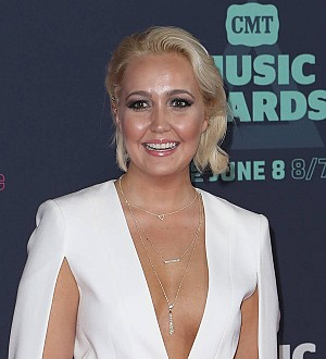 Meghan Linsey still recovering from poisonous spider bite