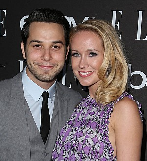 Anna Camp presents fiance Skylar Astin with special engagement ring