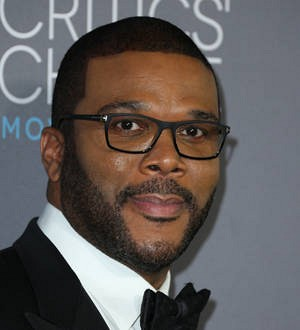 Tyler Perry pays $150,000 for Nat King Cole's piano