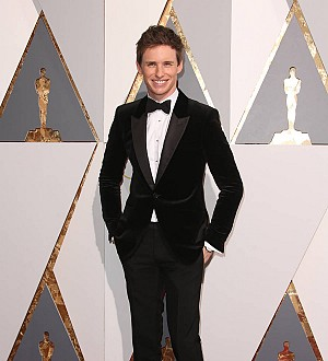 Eddie Redmayne cringes at post-Oscar win chat