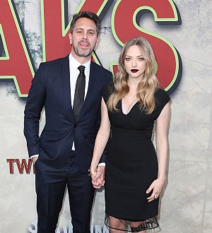 Amanda Seyfried and Thomas Sadoski become foster parents to baby kittens