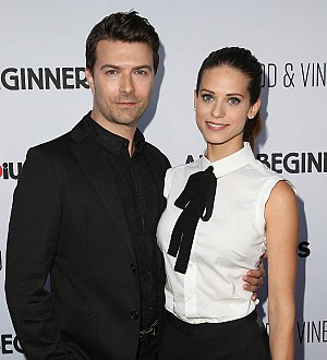 Lyndsy Fonseca weds Nikita co-star