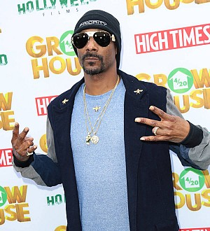 Snoop Dogg's son debuts clothing line