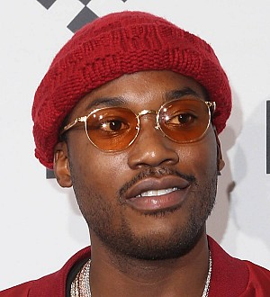 Meek Mill offers to fight Drake in $5 million boxing bout with Nicki Minaj as ring girl