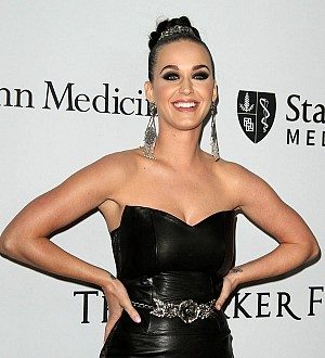 Katy Perry throws '50s-themed birthday party