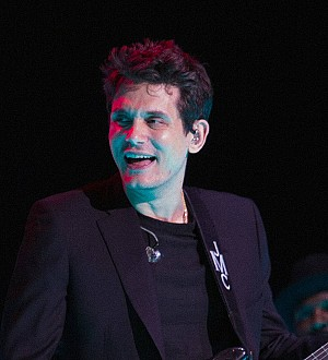 Nicki Minaj and John Mayer flirt on Twitter