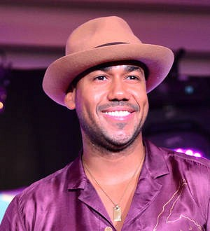 Romeo Santos and Enrique Iglesias lead Billboard Latin Music nominations