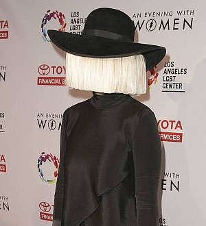 Sia takes aim at Azealia Banks after chicken sacrifice story blows up