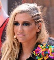 Ke$ha forced to scrap naughty photos plan
