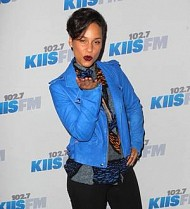 Alicia Keys and Pitbull join Los Angeles Jingle Ball bash