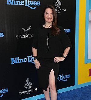 Actress Holly Marie Combs engaged