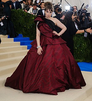Lena Dunham rushed to hospital during Met Gala - report