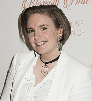 Lena Dunham celebrates 30th with flowers from beau
