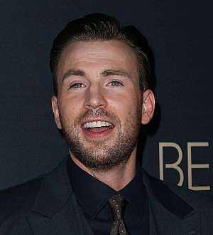 Chris Evans has penchant for female posteriors