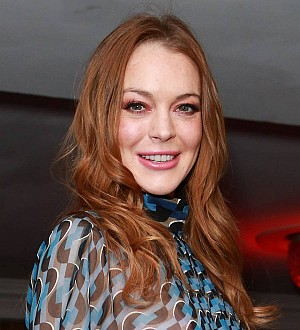 Lindsay Lohan revisits The Parent Trap home in London