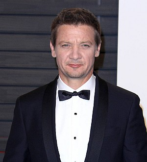 Jeremy Renner protects daughter from limelight