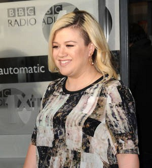 Kelly Clarkson relieved Jimmy Eat World didn't sue over Heartbreak Song