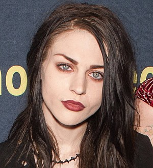 Frances Bean Cobain weds - report
