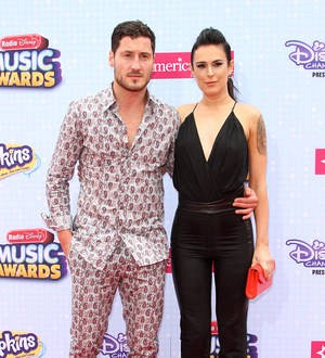Rumer Willis wins Dancing with the Stars