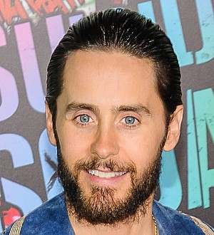 Jared Leto scares TV presenter with snake gift