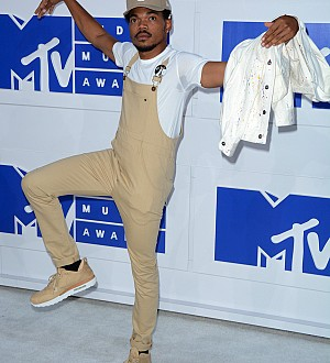 Chance the Rapper Continues to Do It His Own Way!